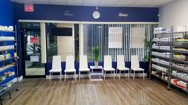 Acupuncture in Coral Springs Waiting Area